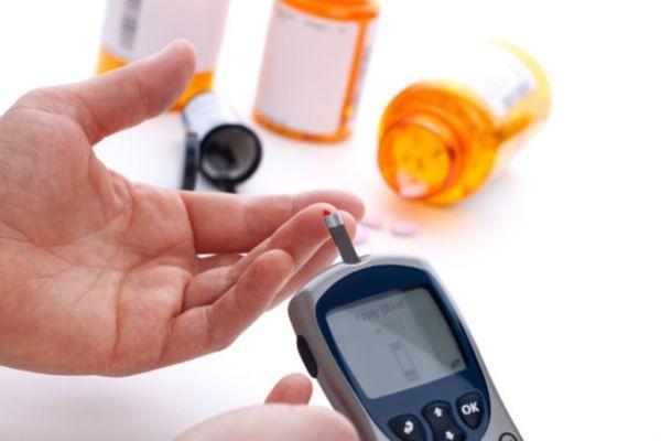 Норма сахара в крови у взрослых и детей: таблицы всемирного применения